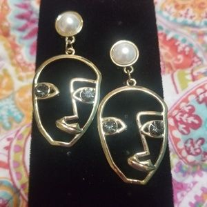 Jewelry - Abstract face earrings